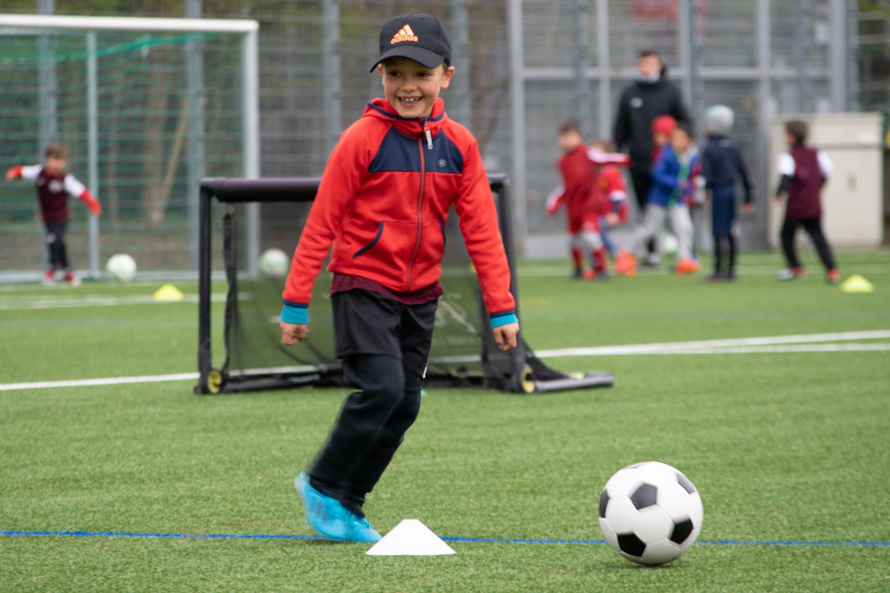 SLO Camps - Camp de foot sur Lausanne et Vaud